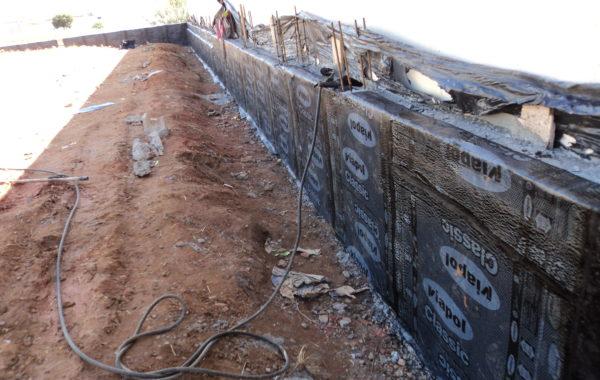 Manta Asfáltica 3mm em muro de arrimo